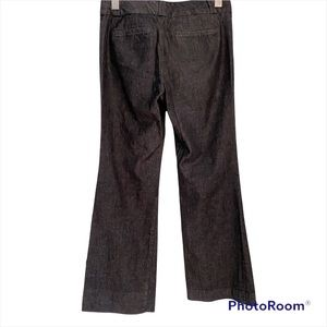 Banana republic gray pants size 2 petite. The true colour in the second picture